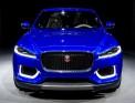 К выходу готовится первый кроссовер Jaguar