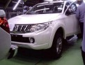 В Интернете появились первые фотографии нового автомобиля Mitsubishi L200